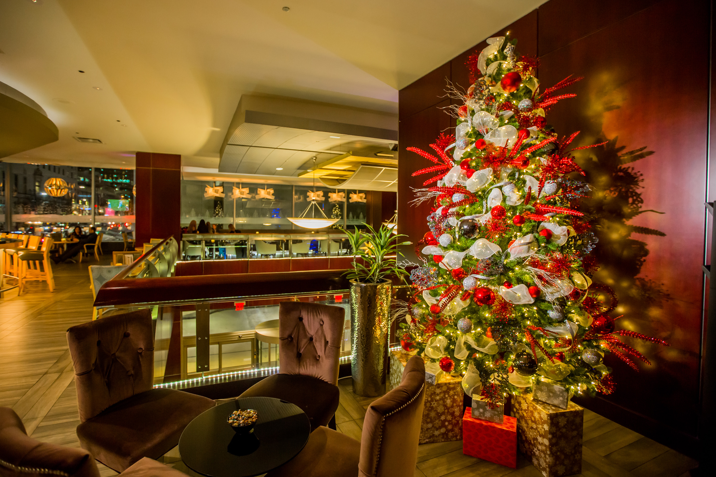 Magical Holiday Designs at the Hyatt Regency Vancouver Hotel