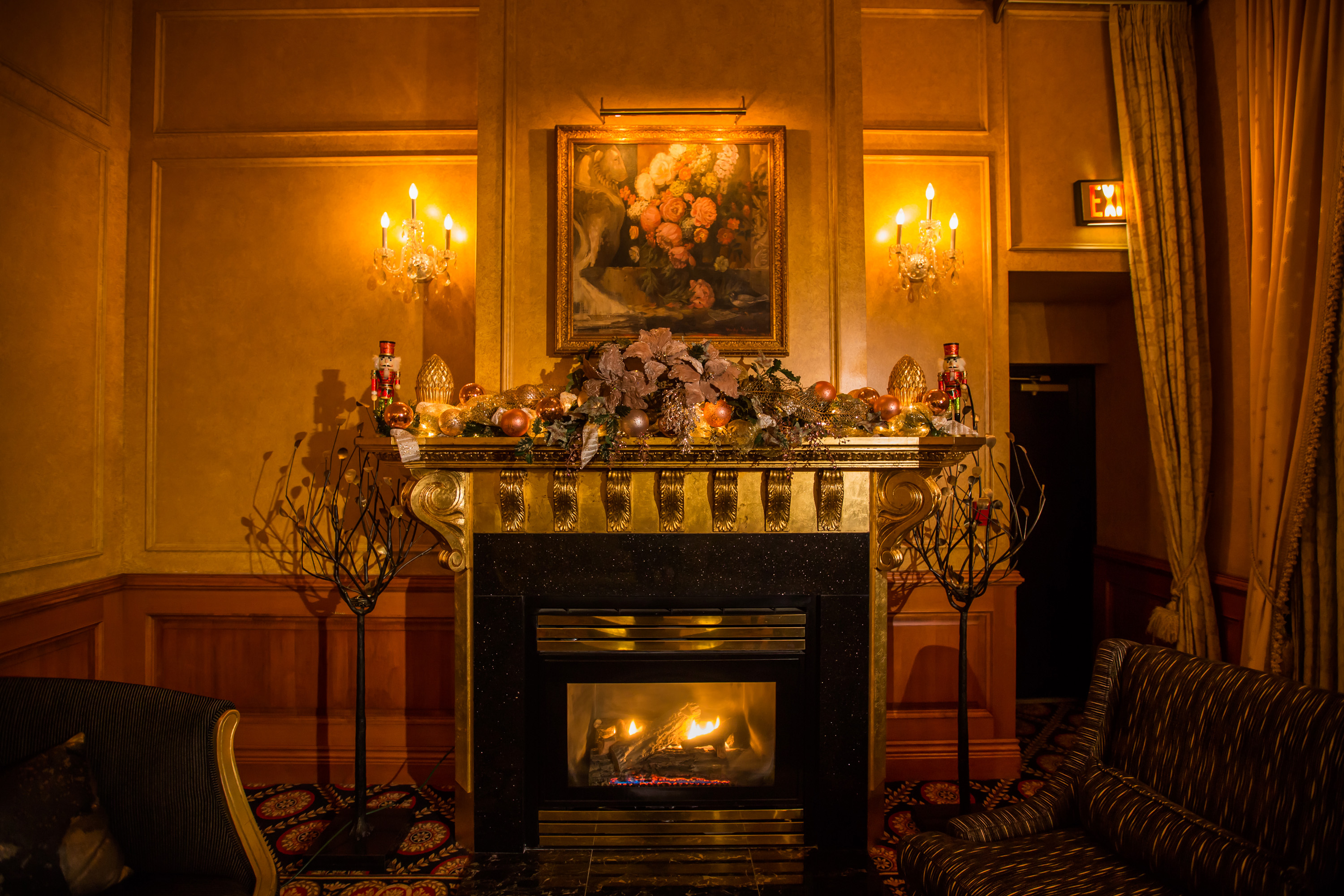 An Old World Charm Inspired Holiday Designs- Hotel Le Soleil Vancouver
